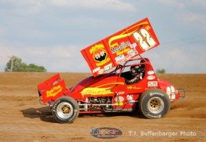 Hannagan Wins Third Straight Mid-Season Championship Feature at Crystal